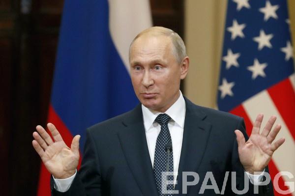 Путин не здоровается за руку из-за угрозы заражения
