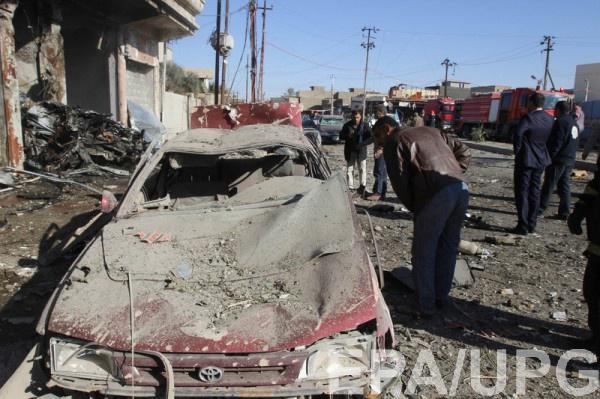 Заложенные у дорог бомбы взорвались в трех районах