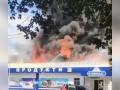 Показано видео, как на Харьковщине мощно горит супермаркет