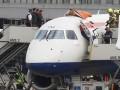 В аэропорту Лондона мужчина забрался на самолет