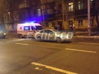 В Киеве на пешеходном переходе сбили двух человек