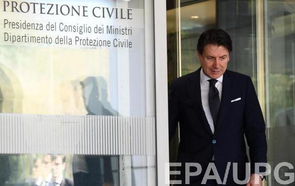 Джузеппе Конте посетил больницу, где был подтвержден первый случай коронавируса в Италии