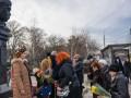 В Крыму арестовали людей, принесших цветы к памятнику Тарасу Шевченко