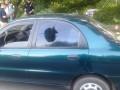 В Харькове мужчина стрелял из автомата в такси