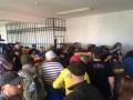 Дело 2 мая: суд отпустил россиянина Мефедова под домашний арест с потасовками и баррикадами