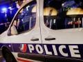 Во Франции неизвестный напал с ножом на полицейских