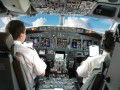 В Китае пилот посадил самолет с разбитым окном