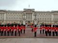 Королева Елизавета II разрешила провести футбольный матч на территории Букингемского дворца