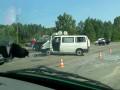 В Ровенской области военный БТР въехал в микроавтобус, есть раненные