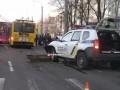 В Кременчуге патрульный автомобиль протаранил троллейбус