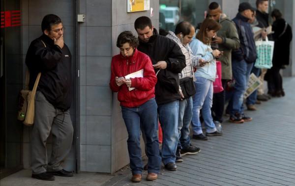 Безработица в Италии сократилась за август до 11,9%