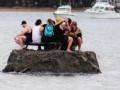 Жители Новой Зеландии построили свой остров из-за запрета пить