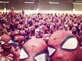 В Швеции полтысячи людей надели костюмы Человека-паука