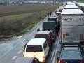 Украинцы массово покидают ЕС: На западной границе очереди