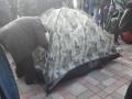 Возле Рады протестующие устанавливают палатки