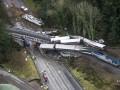 В аварии с поездом в США погибли шесть человек