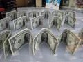 В мире резко замедлился рост зарплаты