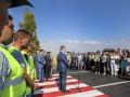 Порошенко открыл отремонтированную дорогу Днепр - Запорожье