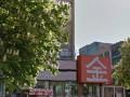 В Киеве женщина упала с 11 этажа на крышу ресторана