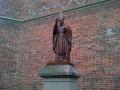 На Львовщине отрезали руку памятнику Папе Римскому