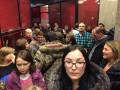Кризис в РФ: недовольные россияне штурмуют банк в Москве