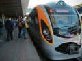 Во Львове пассажир поезда Hyundai выиграл билеты на финал Евро-2012