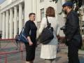 В платье и на каблуках: Как прошел первый день Савченко в Раде