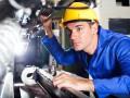 Не заманишь на завод: где ищут работу молодые специалисты
