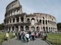 Символ Рима в опасности: Колизей окольцуют чугунными колоннами