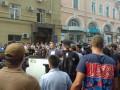 В Харькове националисты бросили в мусорный бак заместителя Кернеса