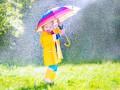 Погода на выходные: дожди будут поливать всю Украину