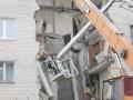 В Луцке под завалами разрушенного жилого дома нашли тело второго погибшего