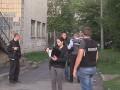 На территории школы в Киеве нашли тело с ножевыми ранениями