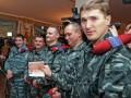 Жителей Крыма массово лишают российских паспортов - СМИ