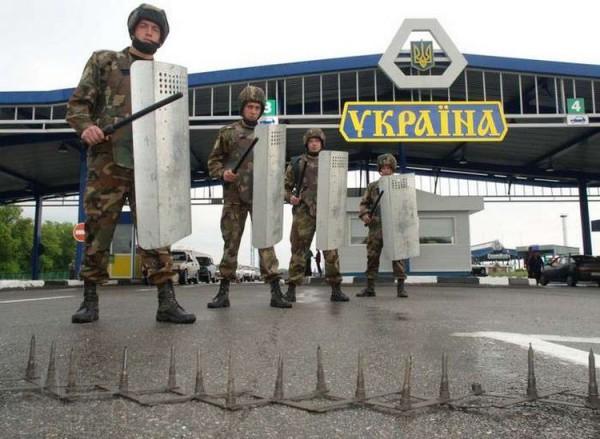 Парубий сообщил, что не подтвердилась информация о возможном блокировании военнослужащими ЧФ РФ штаба военно-морских сил Украины