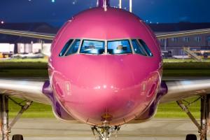 Wizz Air отменил бесплатный провоз ручной клади