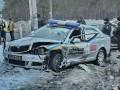 В Киеве пьяный водитель протаранил авто полицейских