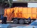 Водитель мусоровоза трагически погиб в собственной машине