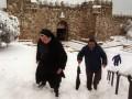 В Иерусалиме из-за аномального снегопада закрыли школы и детсады