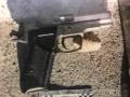 В Николаеве возле спорткомплекса мужчина стрелял по подростку