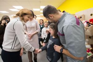 Жена Порошенко ходит в свитере за 54 тыс грн - СМИ