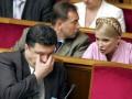 На выборах президента у Порошенко и Тимошенко равные шансы - опрос