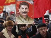 Россияне считают Сталина самой выдающейся личностью - опрос