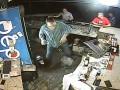 В Николаеве группа парней напала на участника АТО