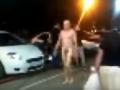 В Чугуеве голый военный под наркотиками приставал к девушкам на улице