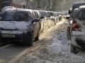 В Черновцах из-за сильного снегопада парализовано движение транспорта