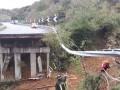 Из-за наводнения в Италии провалился участок эстакады