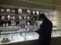 В Киеве вооруженные преступники ограбили ювелирный магазин
