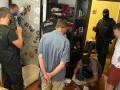 В Житомире задержали группу врачей-наркодилеров
