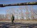 В Кремле объяснили, почему боевики не отводят тяжелую технику